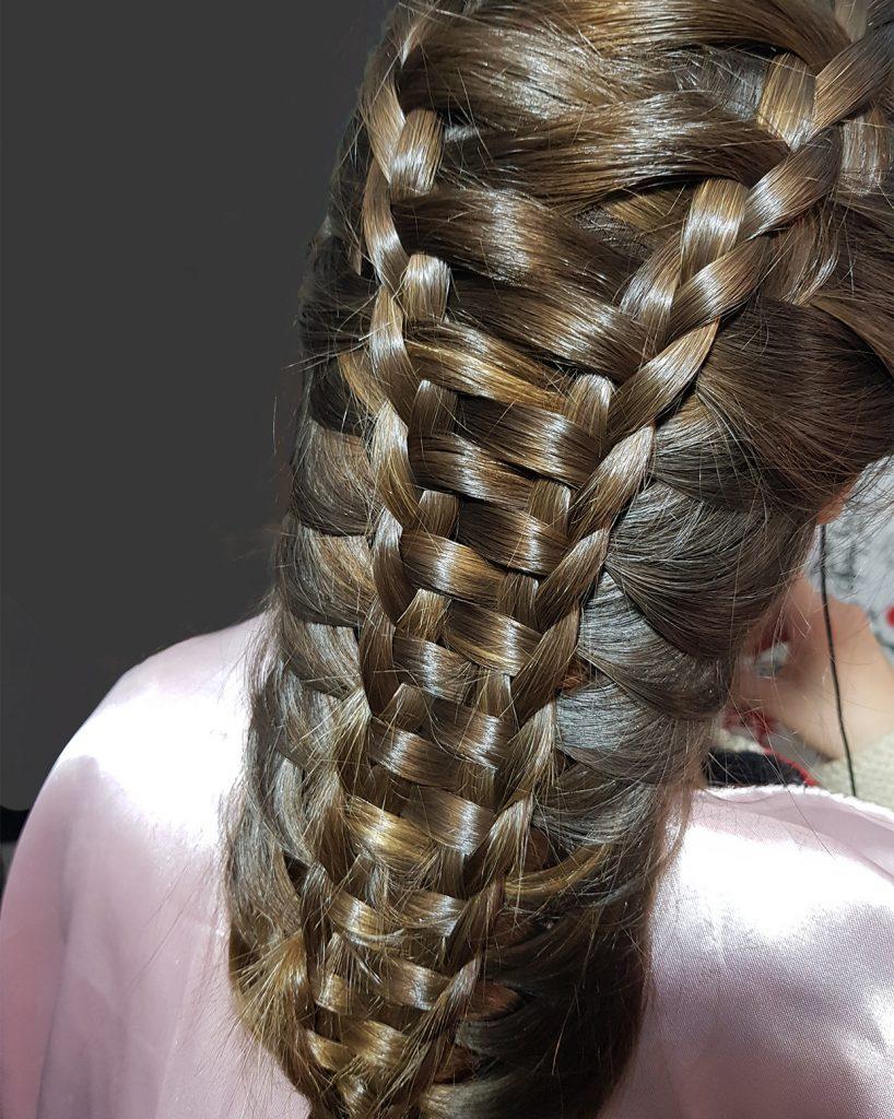 Peinados. Trenzas Peluquería y Salón de belleza IsaGodí
